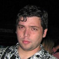Dexa Pantelejski cepao bilbord na kome je Predrag Blagojević